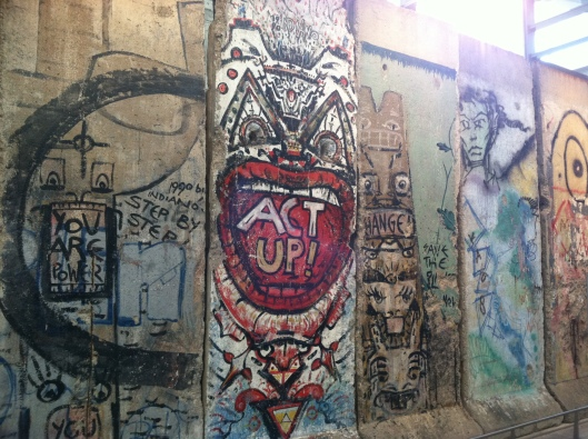 ActivistGraffiti_BerlinWall